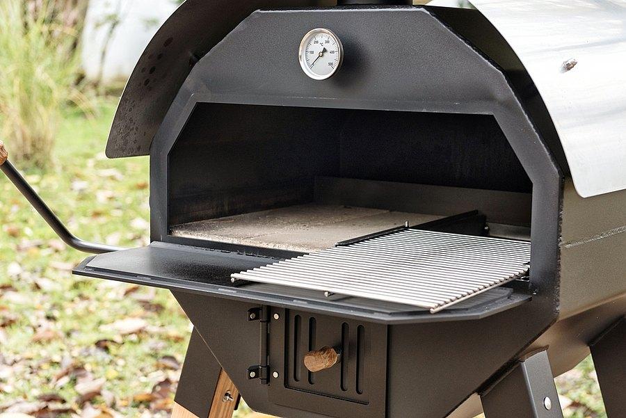BBQ-Oven-Merklinger-Backraum2Steine1Grill.jpg
