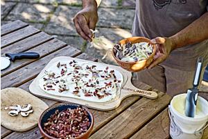 Flammkuchen im Holzbackofen, der Sommergenuss!